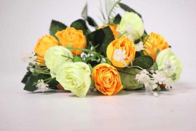 искусственные растения - розочка с гипсофилой шампань/желтая
