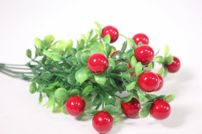 Искусственные растения - Ветка с красными ягодами 33см