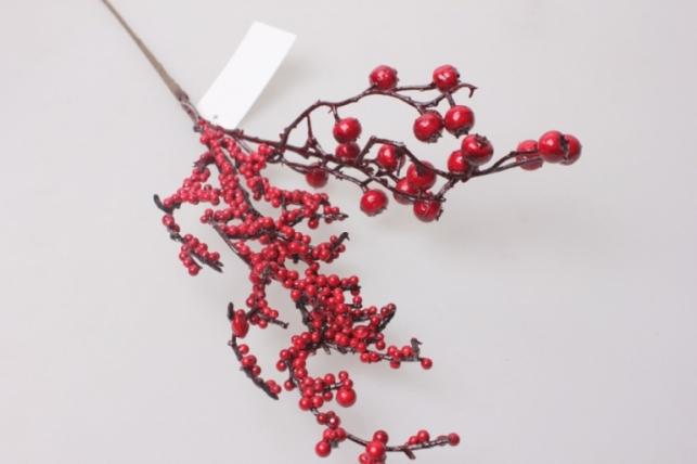 искусственные растения - ветка с красными ягодами 60см 1955