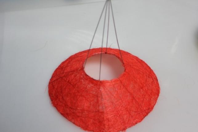 каркас для букета конус гладкий сизаль 25см - красный 6021