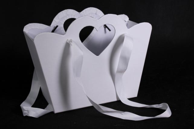 Кашпо-коробка  Сумочка с вырубкой сердечко белая  18x9,5 h=15/19cm