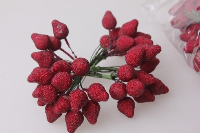искусственные фрукты клубника искусственная 3см (12 пучков по 12 шт) 7799