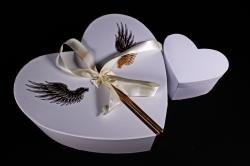 Коробка - трансформер Сердце с золотыми крыльями белое Р131