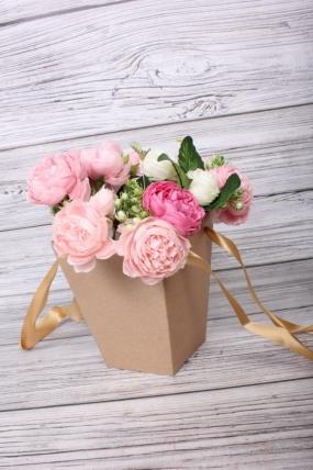 Коробка для цветов Трапеция крафт 140x140x165  бежевая лента   Д30603.007