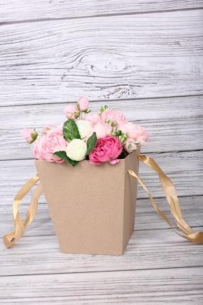 Коробка для цветов Трапеция крафт 175x175x200  бежевая лента   Д30603.008
