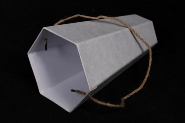 коробка конус шестигранный для цветов белый 14x12 h=22см  (1шт)  w9541 (с)