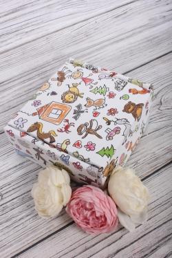 Коробка подарочная одиночная 1шт - Квадрат Детский рисунок 135x135x60 (трансф)  Д30203К.005