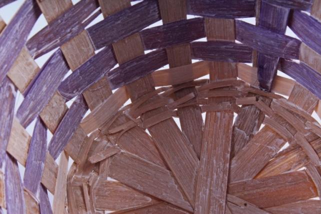 Корзина плетеная (бамбук) - Круг (фиолетовая) 1758