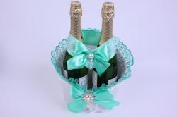 Корзина под две бутылки шампанского (большая) - белая с ментоловой лентой