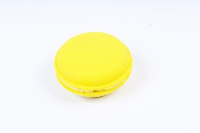Ластик пирожное макаруны Желтый (1шт)
