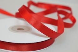 Лента атласная (10 мм х 30 м) Красная Китай
