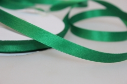 Лента атласная (10 мм х 30 м) Зеленая Китай
