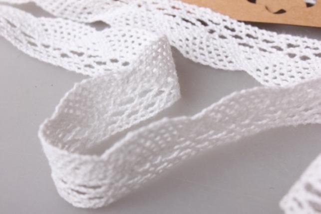 лента кружево натуральная декоративная 3,5cм х 4,6м п 124krb