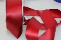 Лента шелк (38 мм х 20 м) Красная