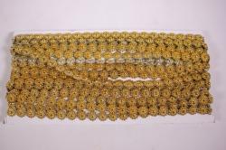 Лента-тесьма 1см*9м пластик цветочки золото  4066
