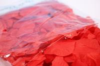 лепестки роз ( красные ) в пакете