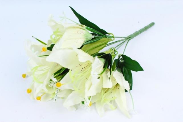 Лилии  белые