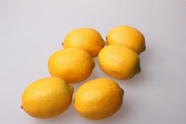 Лимоны искусственные  5*7см  (6 шт)