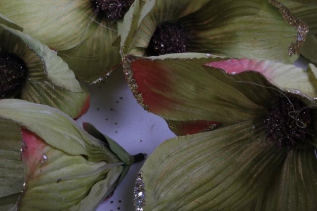 магнолия цветок-бутон оливковый с блестками (12шт в уп)  fme071722