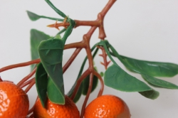мандарины искусственные на ветке