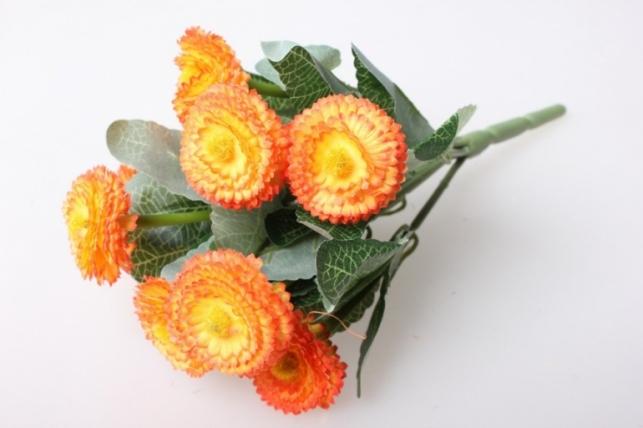 Маргаритка яркая оранжевая букет 30см