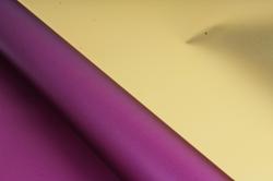 Материал флористическая пленка с золотом, 60 см х 5 м, Сливовый (М)
