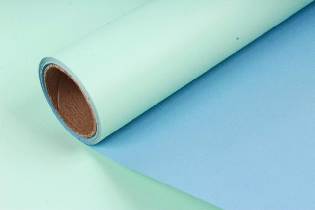 Матовая пленка двухцветная, 60см х 10м, серо-голубой/салатовый (М) 3317