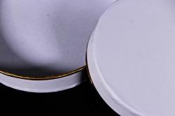 Набор подарочные коробок из 3 шт - Цилиндр с золотой полоской белый К205