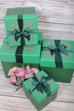 Набор подарочные коробок из 4 шт - КУБ Модный узор 21*21*21см    N692