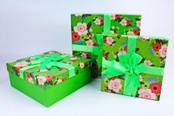 Набор подарочные коробок из 3 шт - Квадрат яркий салатовый с цветами  Арт.717