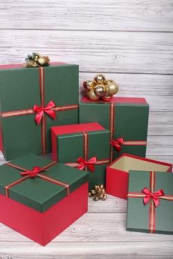 Набор подарочные коробок из 5 шт - Квадрат зеленая крышка 39*39*21см  N695