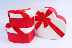 Набор подарочные коробок из 3 шт - Сердце белая крышка/красный бант