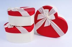Набор подарочные коробок из 3 шт - Сердце красная крышка/белый бант