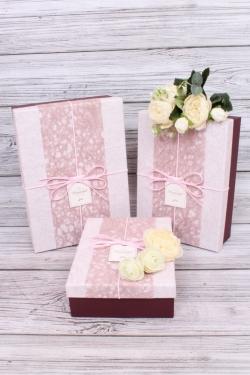 Набор подарочные коробок из 3 шт -  Прямоугольник рисовая бумага розово-бордо 28*20*9  S571