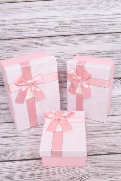 Набор подарочные коробок из 3 шт -  Прямоугольник ветки розовые 22*15*9см В291