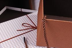 Набор подарочные коробок из 3шт - Прямоугольник рогожка с пером коричневый  К501