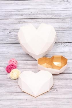 Набор подарочные коробок из 2шт - Сердце пластик граненое белое 24*19, h=11см  В177