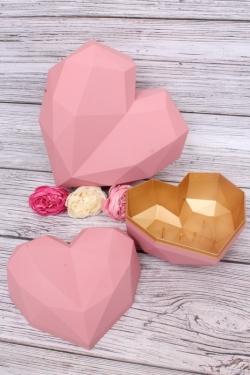 Набор подарочные коробок из 2шт - Сердце пластик граненое розовое 24*19, h=11см  В177