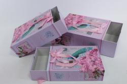 Набор подарочных коробок из 3 шт - Прямоугольник-сумка с ручками  выдвижной сиреневый с павлином S313