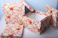 """Набор подарочных коробок из 5шт. Разноразмерные. """"Куб большой""""  30х30х20см К-01 цвета и рисунки в ассортименте"""