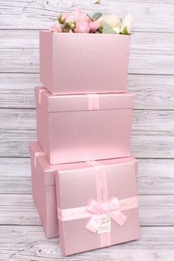 Набор подарочных коробок из 3шт - КУБ парча розовый 23*23*17.5см  В192