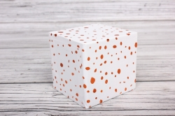 """Набор подарочных коробок из 10шт - КУБ  """"Красные капли на белом"""" 26,5*26,5*26,5см  SY601-417"""