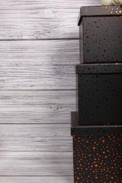 """Набор подарочных коробок из 10шт - КУБ  """"Золотые капли на черном"""" 26,5*26,5*26,5см  SY601-073"""