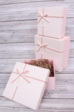 Набор подарочных коробок из 3шт - Квадрат меланж розовый 18*18*9см  В104