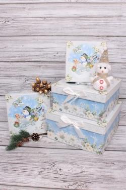 Набор подарочных коробок из 4шт - Квадрат НГ Снеговик в машине 22*22*11см  N123