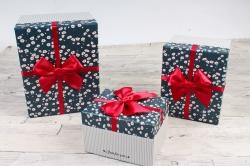 Набор подарочных коробок из 3шт- Прямоугольник Цветочки мелкие на темно синем  Н52