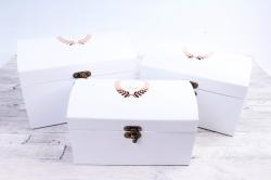 Набор подарочных коробок из 3шт- Сундук с гербом белый Т45