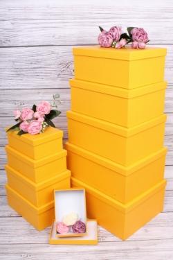 Набор подарочных коробок из 10шт-  Прямоугольник однотонный дыня  37*28*13см  К845