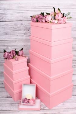 Набор подарочных коробок из 10шт-  Прямоугольник однотонный розовый  37*28*13см  К845