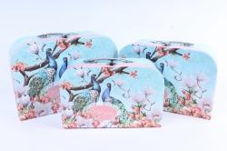 Набор подарочных коробок  из 3 шт - Чемоданчик Павлин на голубом For you